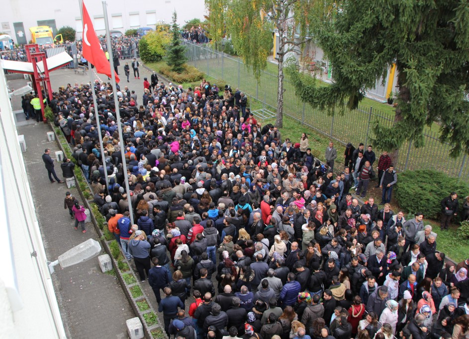 Karlsruhe Seçimlere İlgi Büyük Oldu