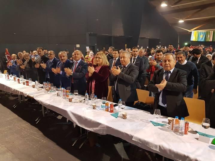 Nursel Berberoğlu 'Başkonsolosluk Kapısı Size Her Zaman Açık'
