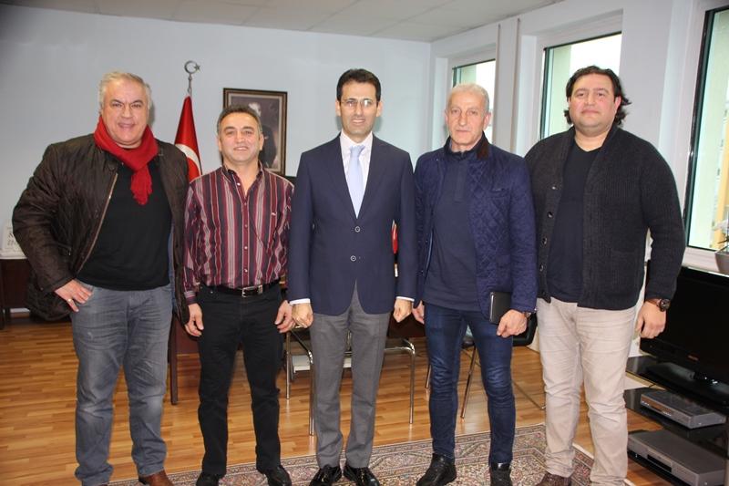 Atatürk Kupası Heyeti Karlsruhe Başkonsolosu Nevzat Arslan'ı Ziyaret Etti