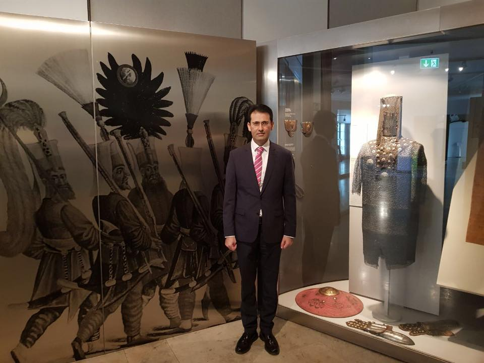 Osmanlı Eserleri Hakkında Bilgi Aldı