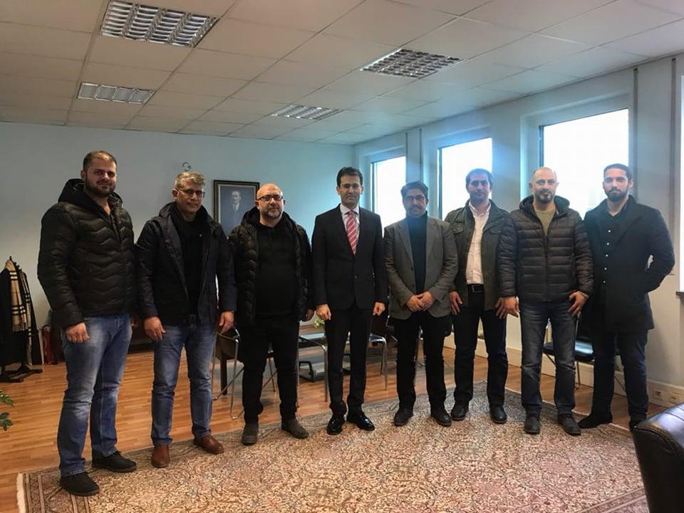 Gıda Sektörünün  Lokomotifi 'Çifçi Kardeşler ' Başkonsolos Nevzat Arslan'ı Ziyaret Etti