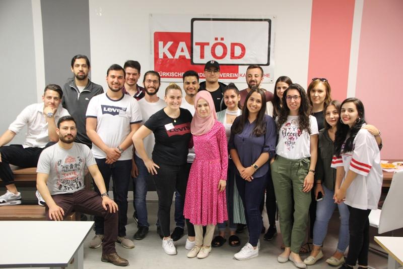 KATÖD ' Çay Akşamı'nda  Öğrenciler Bilgilendirildi