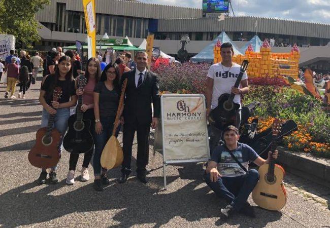 İlk Defa Türk Müzik Okulu Bu Festivalde Yer Aldı