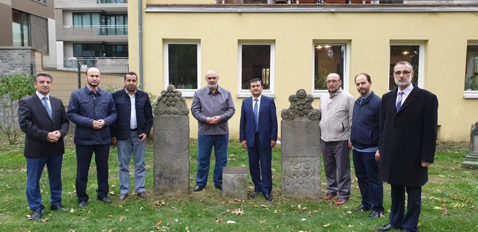 Ataşe Osmanlı Askerlerinin Mezarını Ziyaret Etti