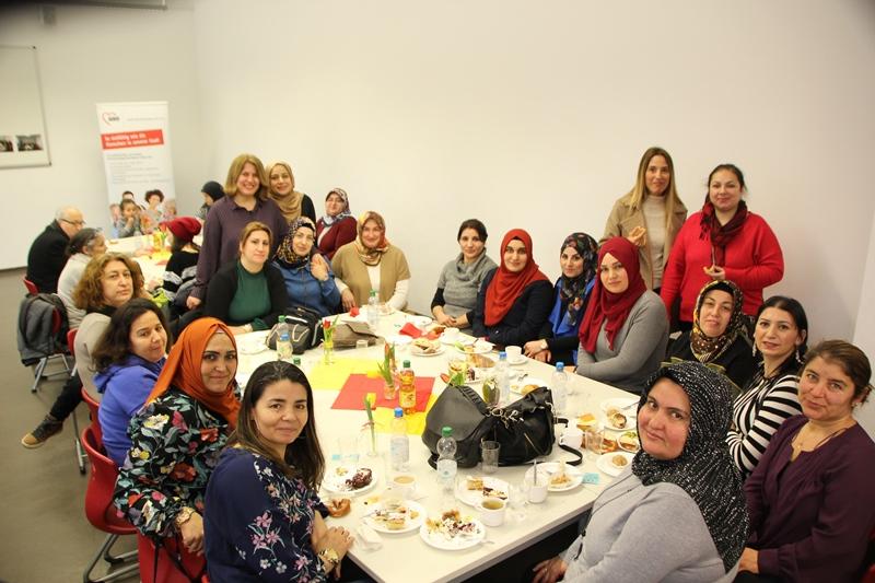 Schillerschule Elterncafe Hizmete Açıldı
