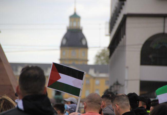 Filistin'e destek yürüyüşü düzenlendi