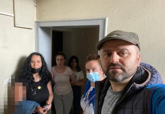 Pforzheim'da evleri kundaklanan Türk aileye, UID Baden derneğinden  ziyaret